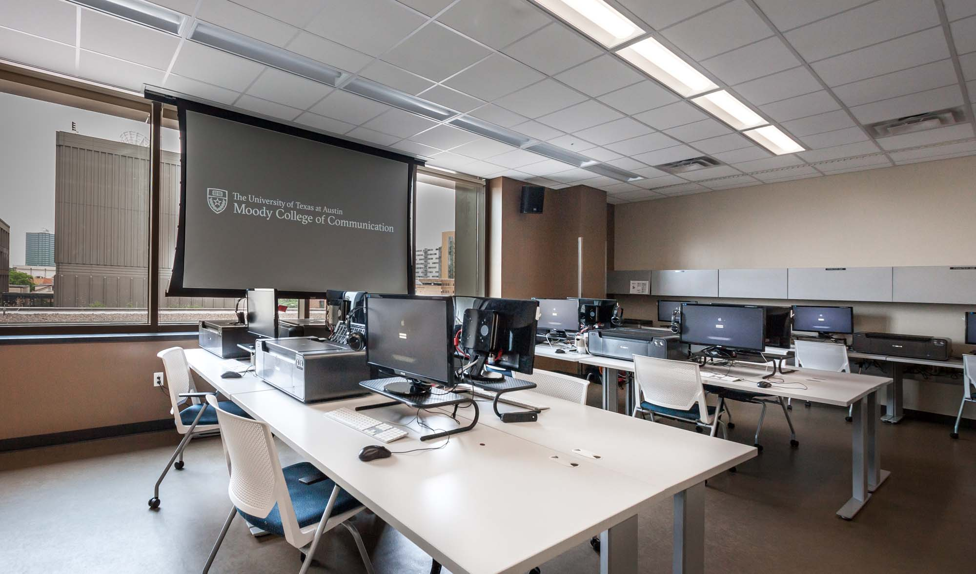BMC 3.210   JOU Photo Journalism Computer Classroom | Moody College Of  Communication